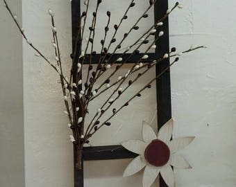 Black Painted Tobacco Lath Ladder with Red/White Pip Berries