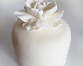 edible sugar gardenia flowers set of 6
