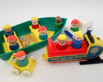 Fisher Price Little People LP Camper Boat Mini Snow Mobile Mail Car and Babay Buggy Figures Lot Wooden Wood People