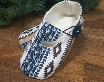 Blue and Tan Southwest Print Baby Shoes - Hipster Baby Shoes, Baby Booties, Gender Neutral