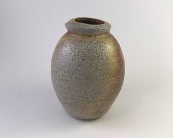 Ruddy brown and gray-green budvase (TRP162-1)