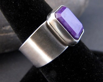 New Vintage Sugilite Wide Band Sterling Ring  -  Size 8