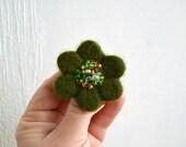 Little Needle Felted Brooch Moss Green Wool Felt Flower,Small Felt Flower Pin,Little Brooch,Felted Flower,Corsage Brooch,Woolen Brooch