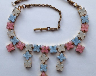 Sale Vintage Pastel Pressed Glass Link Tiered Necklace Choker