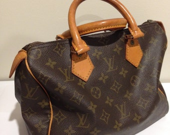 Reserved. Vintage Louis Vuitton Speedy 25 Bag. Monogram and Leather. Closet Classic.