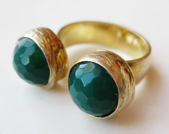 Vintage Ring Emerald Green Chrysoprase Gold Vermeil Sterling Silver Cocktail Ring size 6 1/4