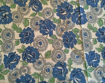 Blue and Grey Floral Vintage Cotton Print 3 Yards X0732