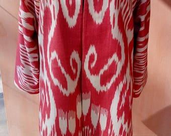 Uzbek red cotton woven ikat kaftan. Adras Chapan
