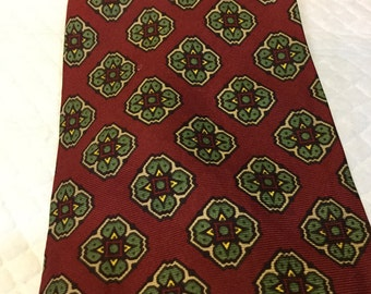 Vintage SAKS FIFTH AVENUE Tie Red with Green, Yellow, and Tan Medallions