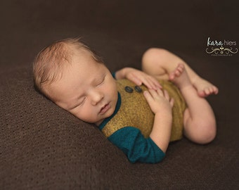 newborn two tone romper (Aaron) - photography prop - teal, old gold, yellow, onesie, outfit, boy