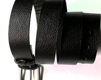 "16014, 1.1/8"" British bridle embossed vegetable leather belt, Dark brown"