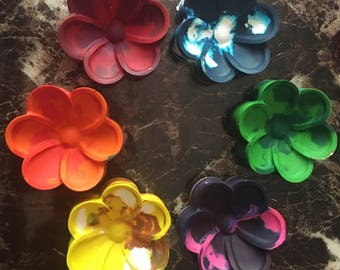Multicolored big flower crayons