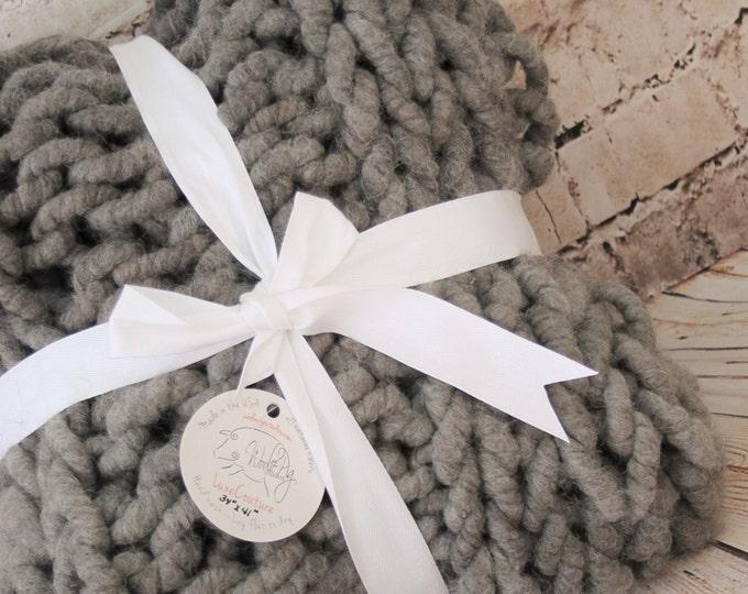 "Super Chunky  Blanket/Throw - Squishy Yarn - Merino/Alpaca  34"" x 41"" ( BL4)"