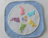 Easter Bunny Candle Mat - Penny Rug Table Topper - Spring Pastels Decoration - Buttons and Bows