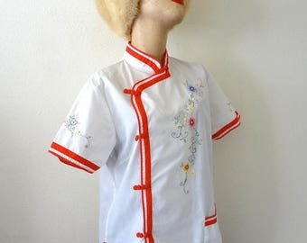 ON SALE 1970s Blouse / Asian Style Floral Embroidered Cotton Blend Shirt