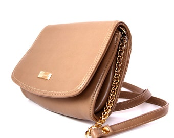 Tan Liz Claibourne Crossbody with Gold Chain Strap - Vintage 1990s - Sturdy & Compact - Excellent Condition