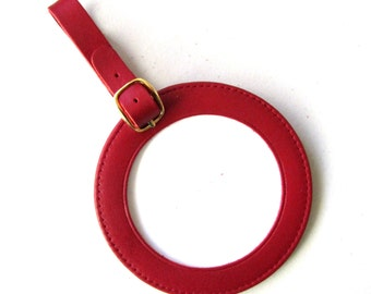 """Lee Needlecraft ID LUGGAGE TAG  Red Leather for a 3"""" Round Needlepoint Canvas"""
