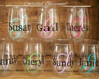 PERSONALIZED Plastic Wine Glasses 10 Stemless Wine Glasses Acrylic Plastic Wine Glasses Wedding Bridal Shower Bachelorette Party Girls Night