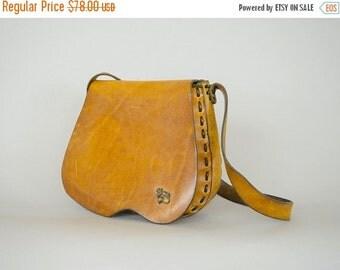 ANNIVERSARY SALE 70's Distressed Saddle Bag