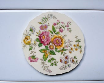 1 Hand Cut Vintage China Mosaic Focal Tile about 3 1/2""