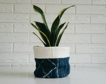 Vintage Mudcloth Plant Cover - Planter Fabric - Modern Bohemian Decor