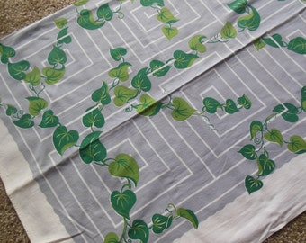 Vintage Vine Greenery On Grey Print Tablecloth, Vintage 1950's cotton