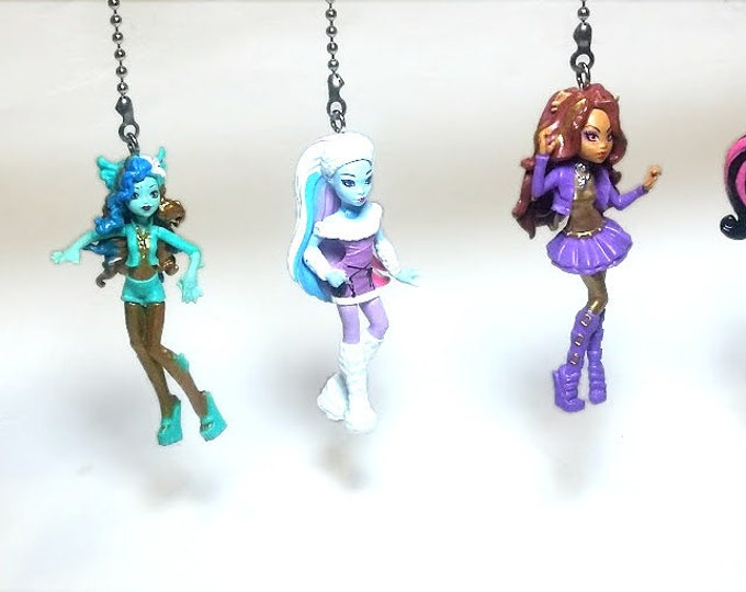 Monster High Ceiling Fan Light Pull Set, Kids Room Decor, Gift for Girls, Nursery Decor,