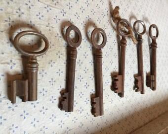 Antique Skeleton Keys, mixed media keys, old heavy iron , French Doorkey, Country Farmhouse France, skeleton big key, large metal key