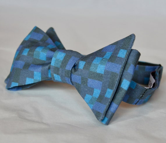 Minecraft inspired Pixilated Blue Water Bow Tie - Groomsmen and wedding tie - clip on, pre-tied with strap or self tying