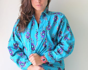 Vintage WRANGLER Button Down...country western. mens clothing. retro. sporty. preppy. classic. bar. college. frat. kitsch. fun. womens