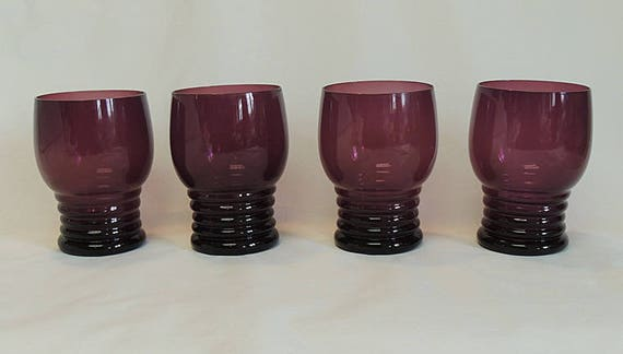 Set Of 4 Vintage Amethyst Glass Tumblers.. Stacked Bands Ring Rib Pattern (Lot #1)