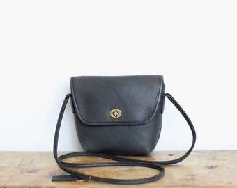 Vintage Coach Bag // Quincy Crossbody Bag Navy 9919 // Vintage Messenger Purse Handbag