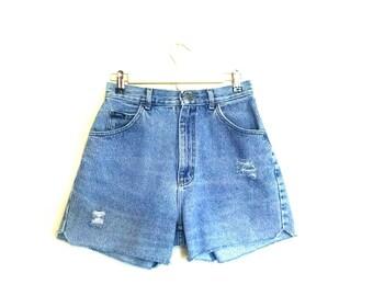 Vintage Lee Jean Shorts // Vintage Distressed Jorts // Lee Cutoffs