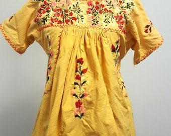 Vintage Oaxacan Mexican Blouse. Saffron Yellow Hand Embroidered. Small