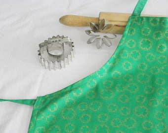 Gold Shamrocks Youth Size Apron