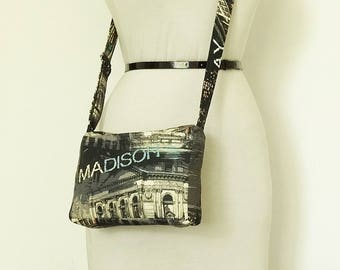 Crossbody Shoulder Purse NYC Architecture Printed Travel Bag Zippered Electronics Messenger Bag and Coin Purse Girl Graduation Gift