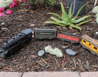 Vtg MARX MAR LINES Union Pacific Tin Toy Model Trains