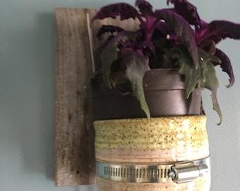 Reclaimed wood hanging ceramic planter