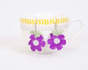 Crochet  earring ,crochet oya daisy flower earring,dark yellow,light orange