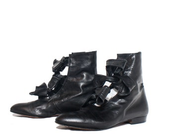 8.5   MOD D'Rossana by Charna Black Leather Ankle Booties Twisty Tie Leather Strap Boots
