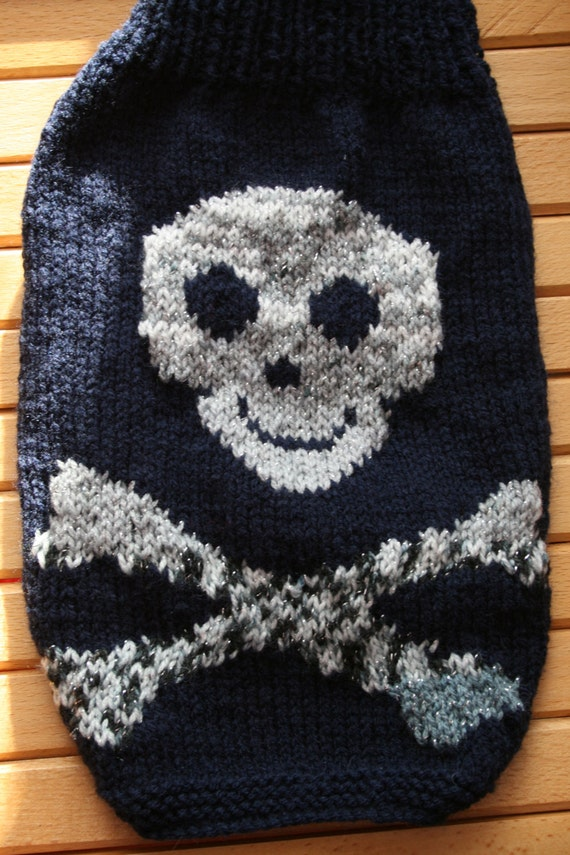 Knitting Pattern With Dog Motif : Dog sweater knitting pattern.Skull and Crossbone Motif. Button