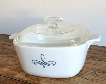 Vintage Corning Trefoil Casserole Dish / One and Three Quarter Quart Casserole / Mod Casserole