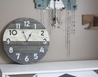 """Round Reclaimed Wood Wall Clock. Modern Meets Rustic. 26"""" or Custom sizes. Ivory and Gray. Pallet Wood Wall Clock. Circular"""