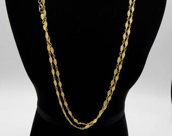 Vintage Textured Gold Chain Flapper Style