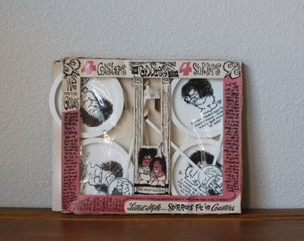 Vintage THE GIDDIES set of coaster and stirrers  by Reese James