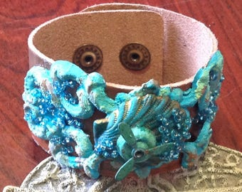 Rustic Copper Leather Cuff Ocean Blue Shell Spinning Propeller