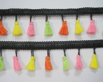5 yards Neon Tassel Fringe, tassel trim, multicolored tassel trim, Tassel garland, boho trim, colorful tassel trim, neon tassel trim, black