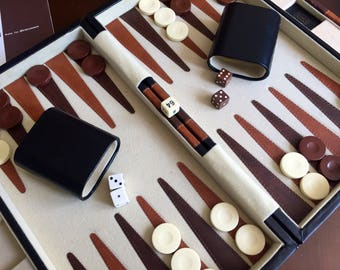 Vintage Backgammon Game Reiss Suitcase Style 1970s Classic Brown and White Game Room Decor Summer Roadtrip Vacation