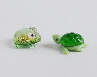 Miniature Glass Frog & Turtle