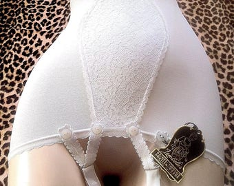 French 1940s White Stretch Garter Belt Girdle & Lace - Bombshell Pin Up Look - Made in France - New with Tag - XS